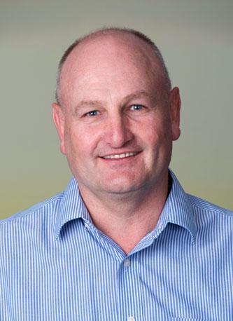 Lourens Breytenbach : Operations Superintendent  Solomon